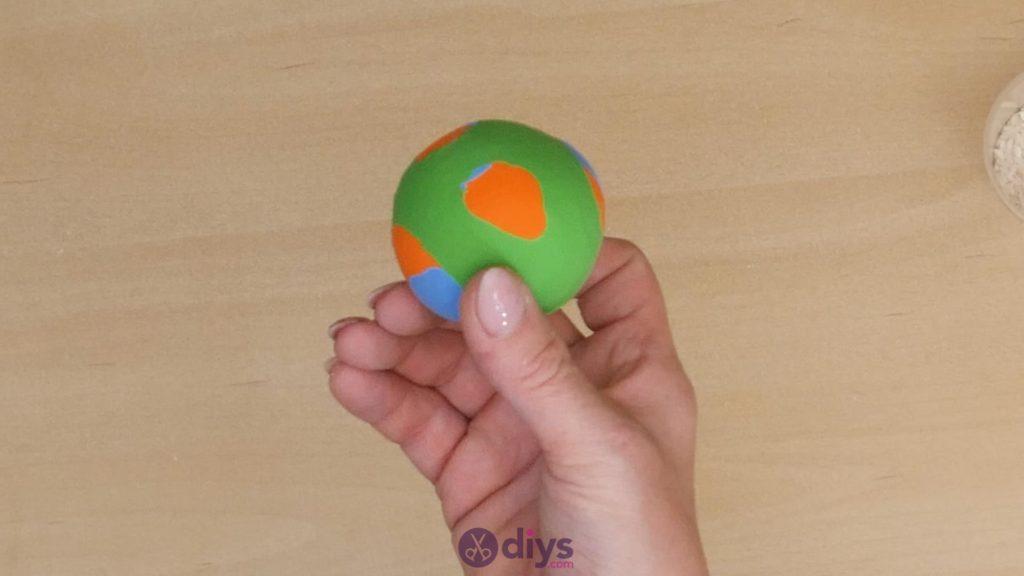 Balles de jonglage bricolage étape 6