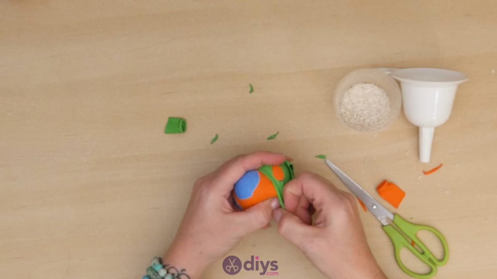 Balles de jonglage bricolage étape 5a