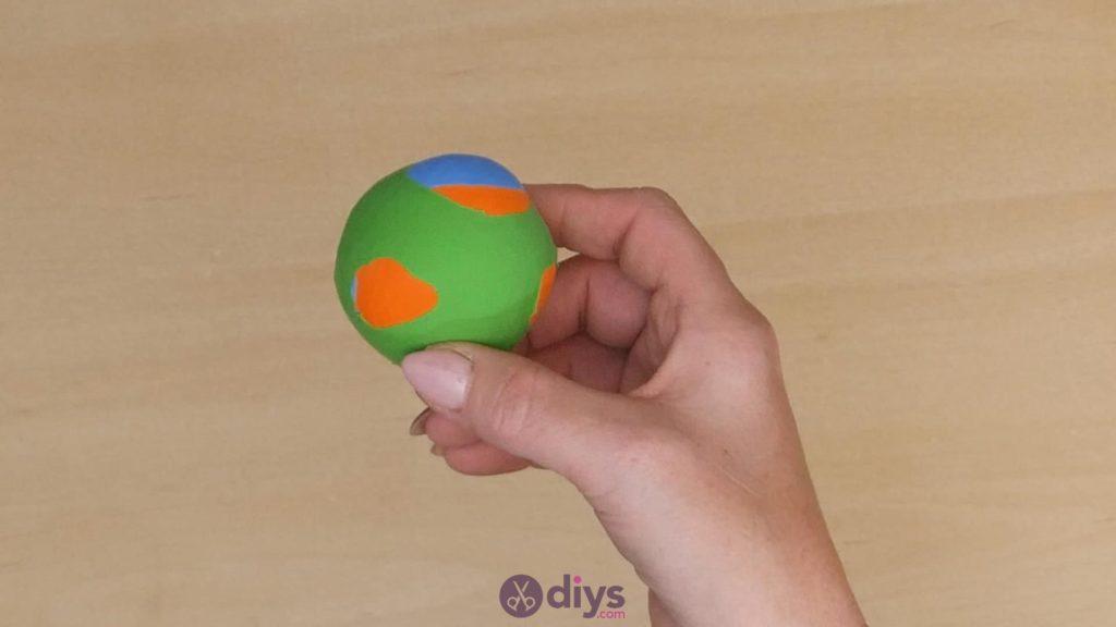 Balles de jonglage bricolage étape 6b