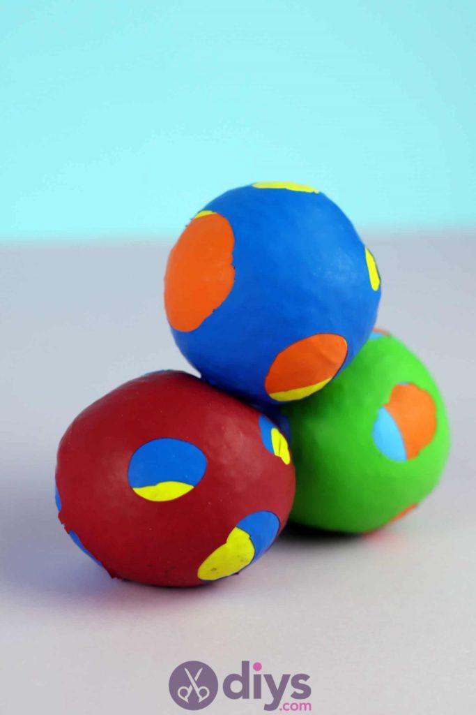 Balles de jonglage bricolage étape 6d