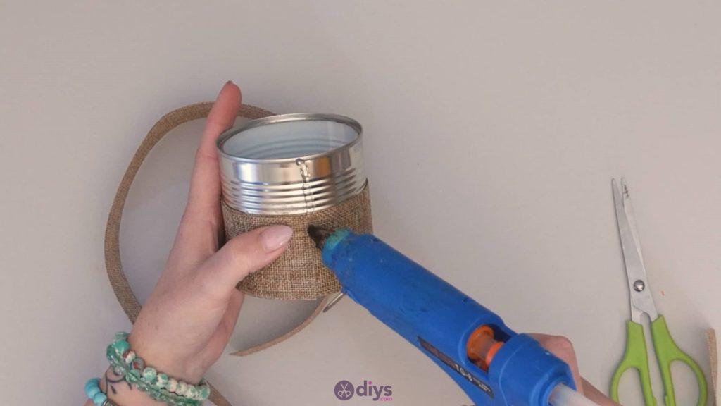 Boîte de conserve rustique boîte de colle