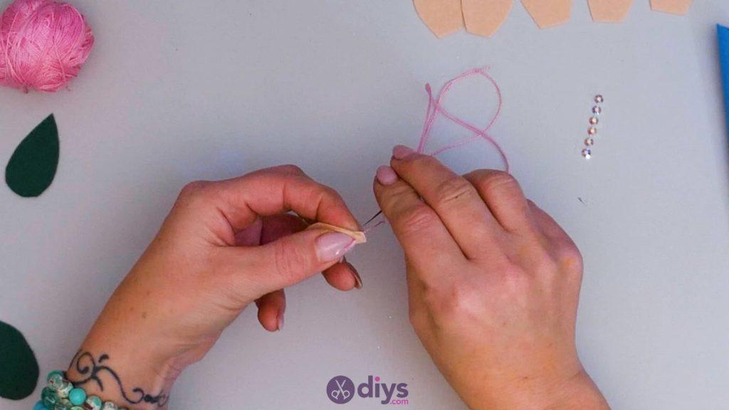 Étui à lunettes en feutre simple DIY Step6A
