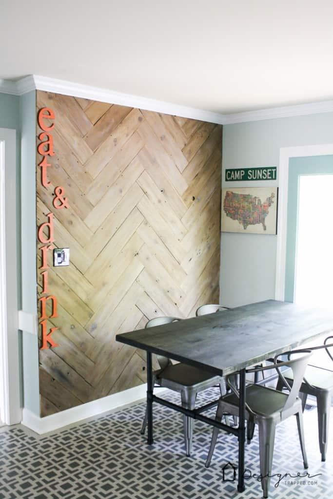 Mur de planches de bricolage 6 683x1024
