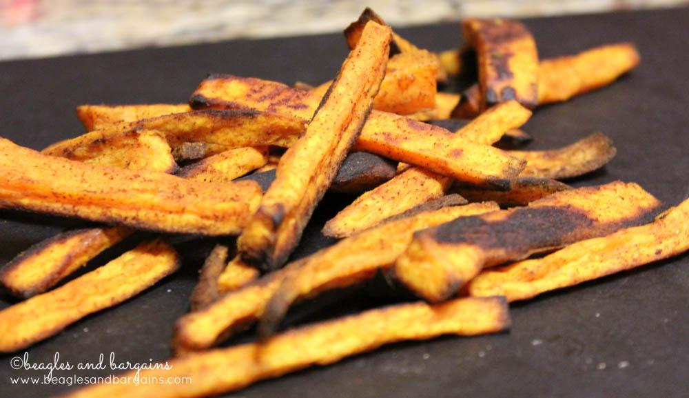 Frites de patates douces au four pour chiens