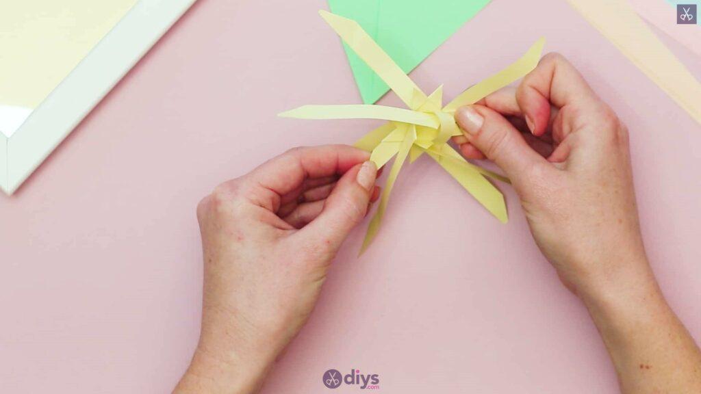 Diy origami flower art step 7b