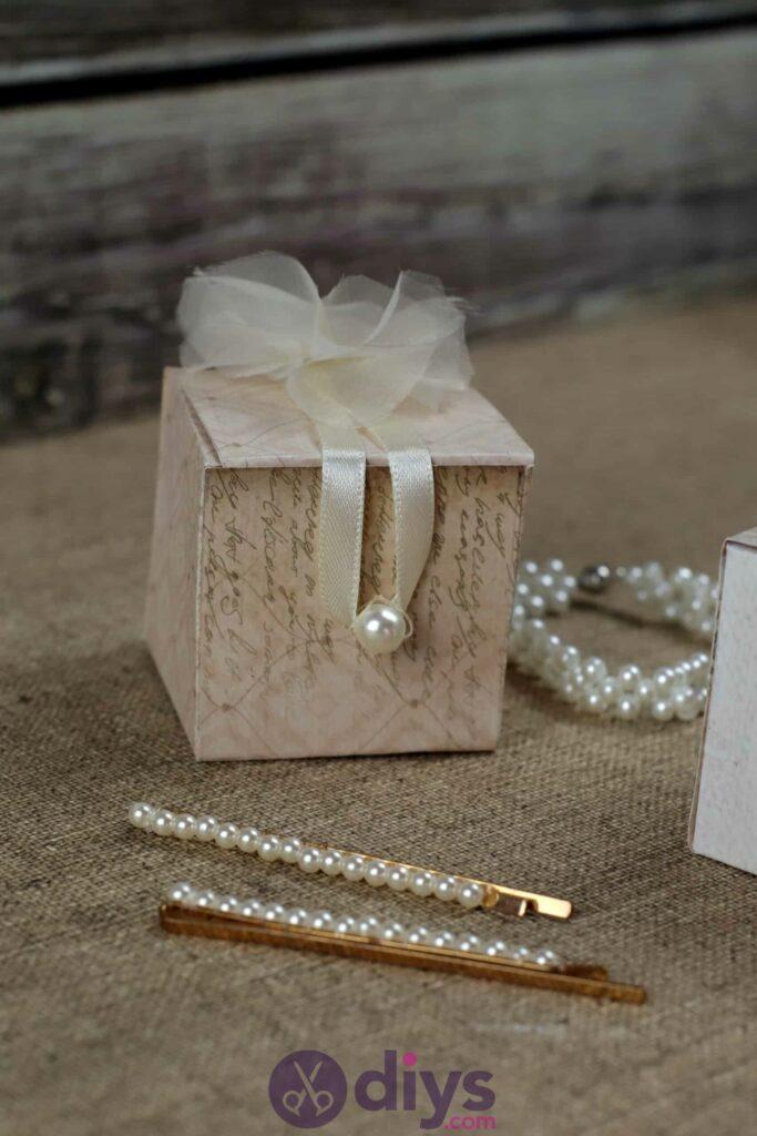 Diy mini wedding gift box pearl
