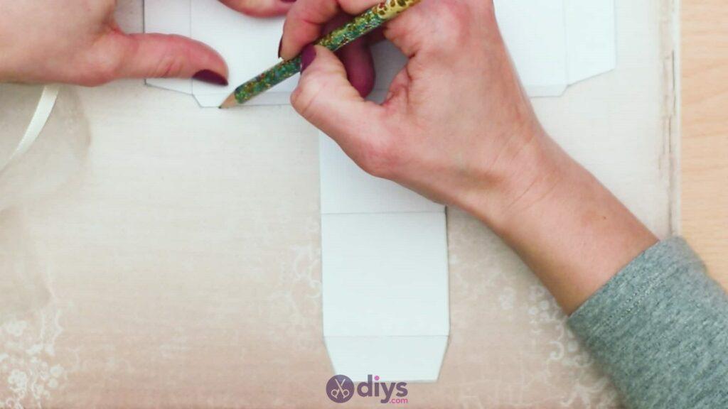 Diy mini wedding gift box step 2c