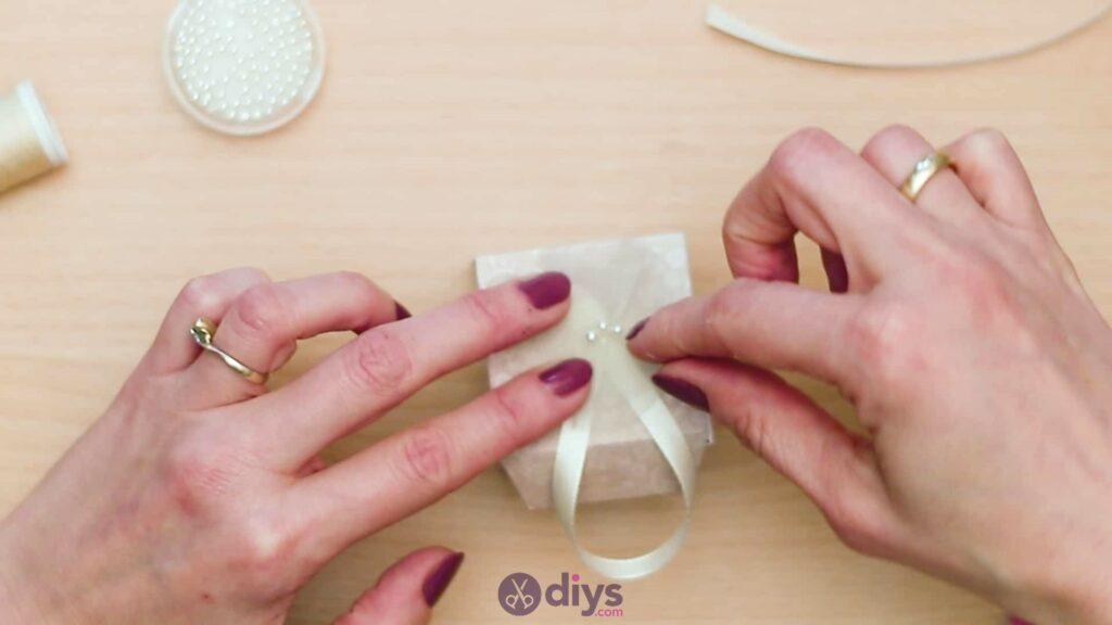 Diy mini wedding gift box step 14