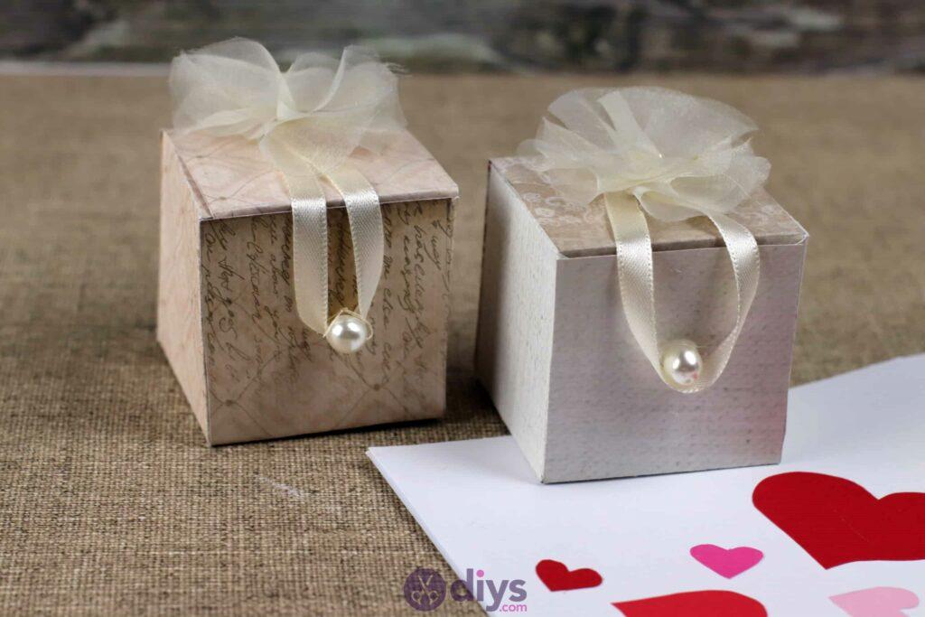 Diy mini wedding gift box table centerpiece