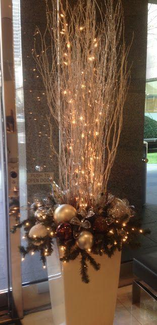 des idées accrocheuses pour décorer votre maison avec des boules de Noël