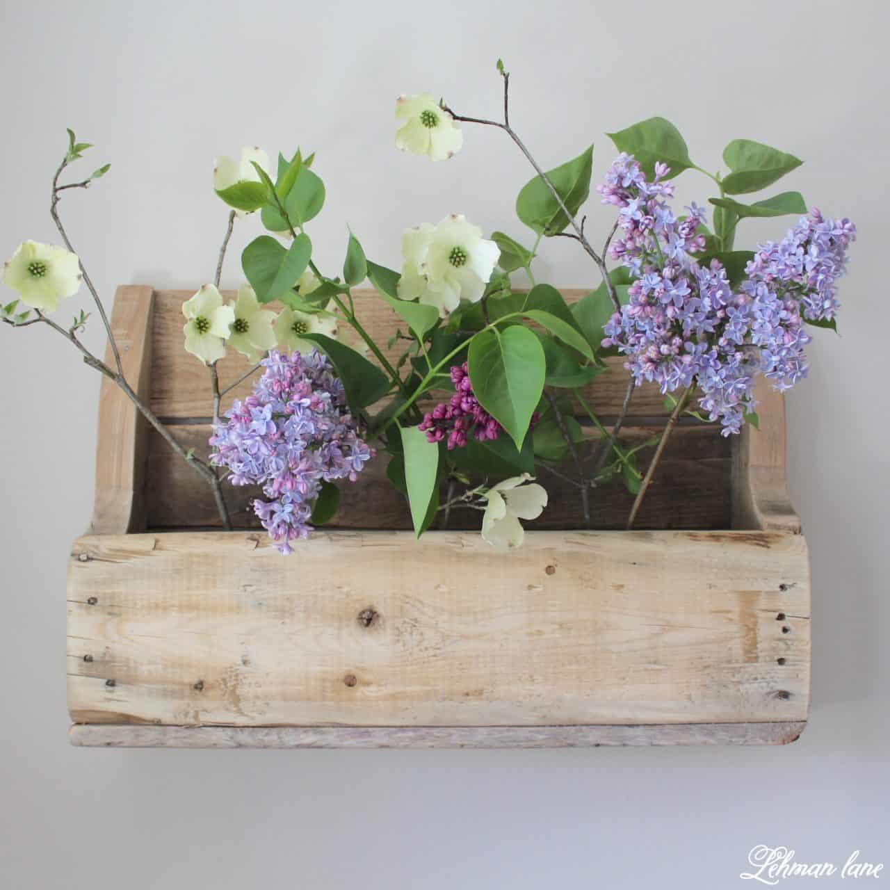 Étagère à palettes en bois pour fleurs