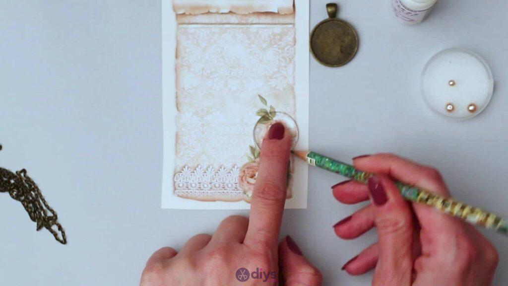 Collier lentille en verre étape 1a