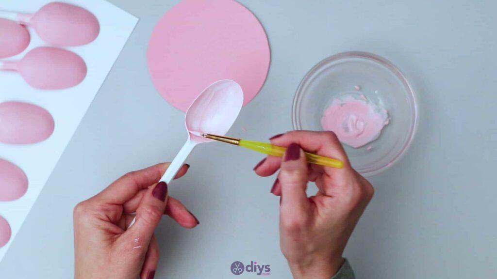 Bougeoir cuillère en plastique bricolage étape 3c