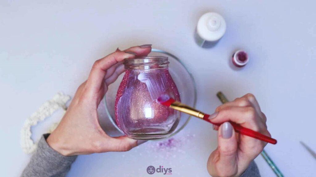 Vase à paillettes de fleurs de bricolage à partir de bocaux en verre Étape 6F
