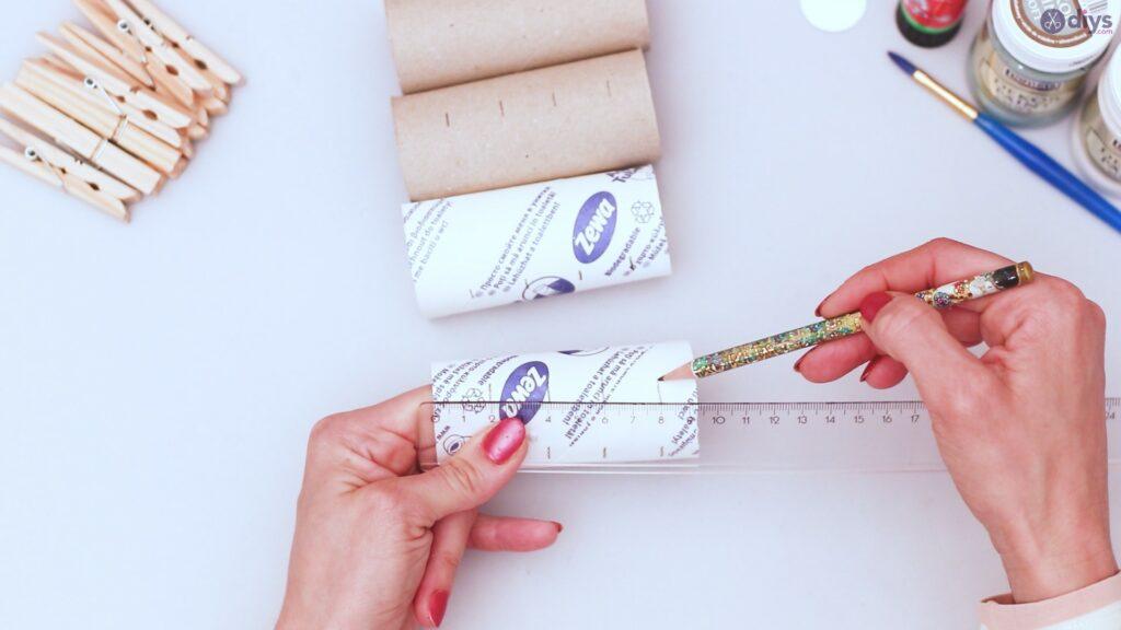 Projet de bricolage de décoration murale rouleau de papier toilette (3)