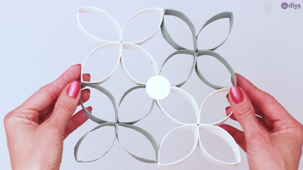 Projet de bricolage de décoration murale en rouleau de papier toilette (50)