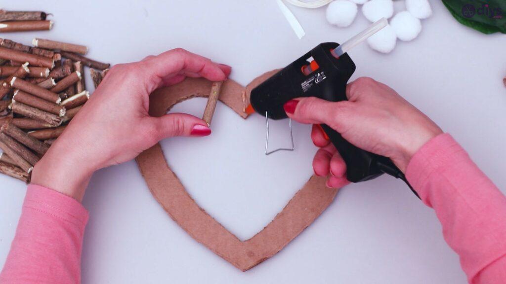 Déco murale coeur brindille rustique (8)