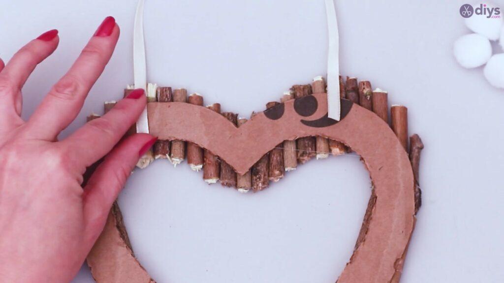 Déco murale coeur brindille rustique (34)