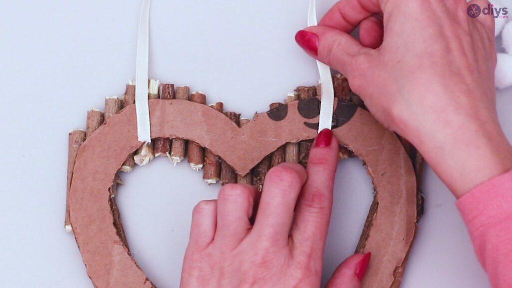 Déco murale coeur brindille rustique (36)