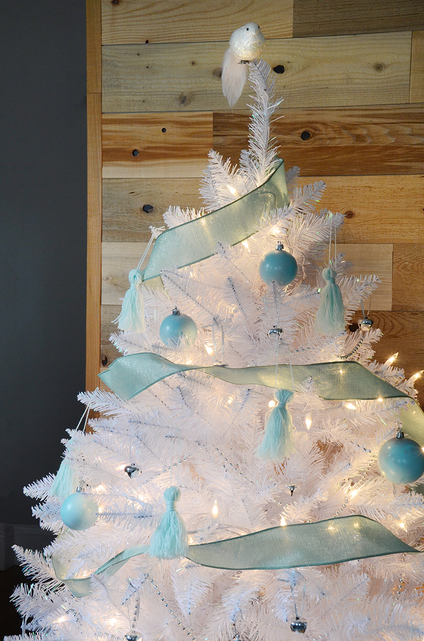 Sapin de Noël blanc vert sauge final 1