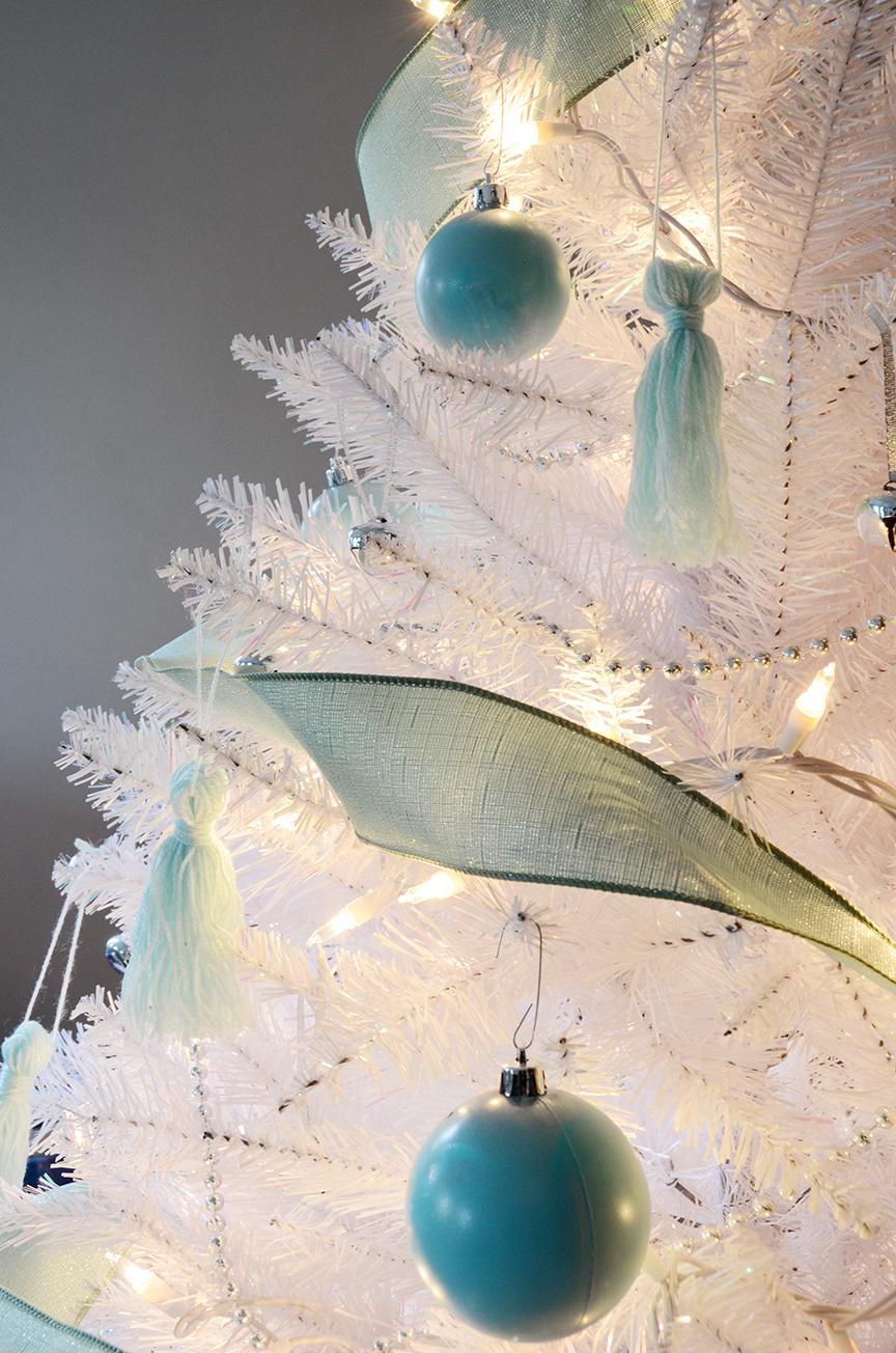 Sapin de Noël blanc vert sauge final 4