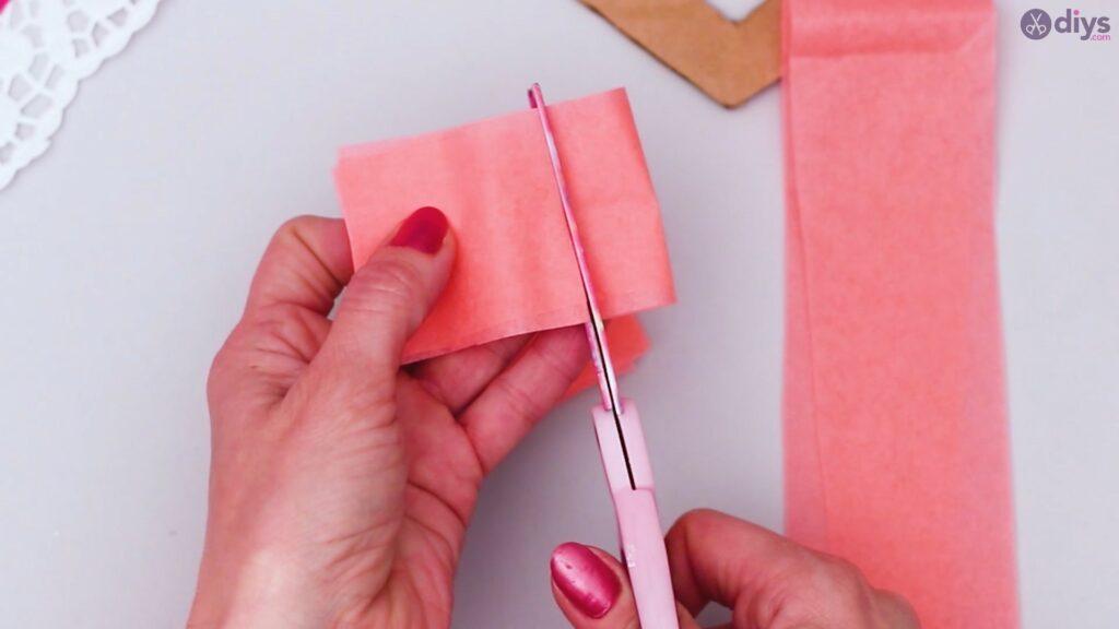Coeur gonflé en papier de soie bricolage étape 1 (9)
