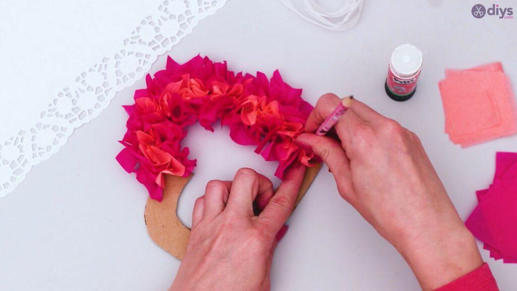 Papier de soie bricolage coeur gonflé étape 1 (23)