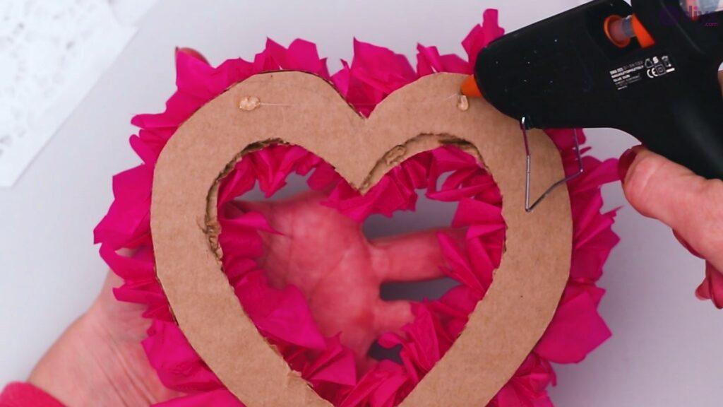 Papier de soie bricolage coeur gonflé étape 1 (33)