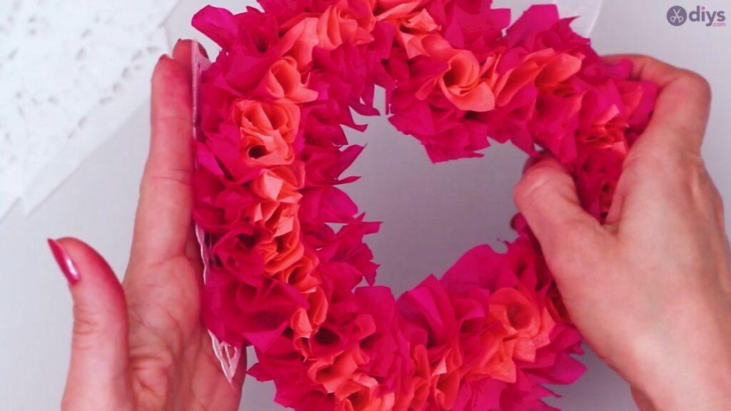 Papier de soie bricolage coeur gonflé étape 1 (38)