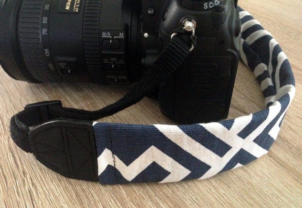 Tutoriel de couture de sangle d'appareil photo géométrique