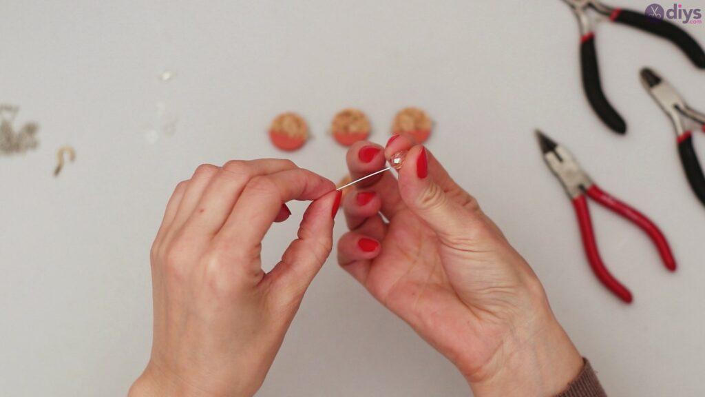 DIY collier de liège de vin (16)