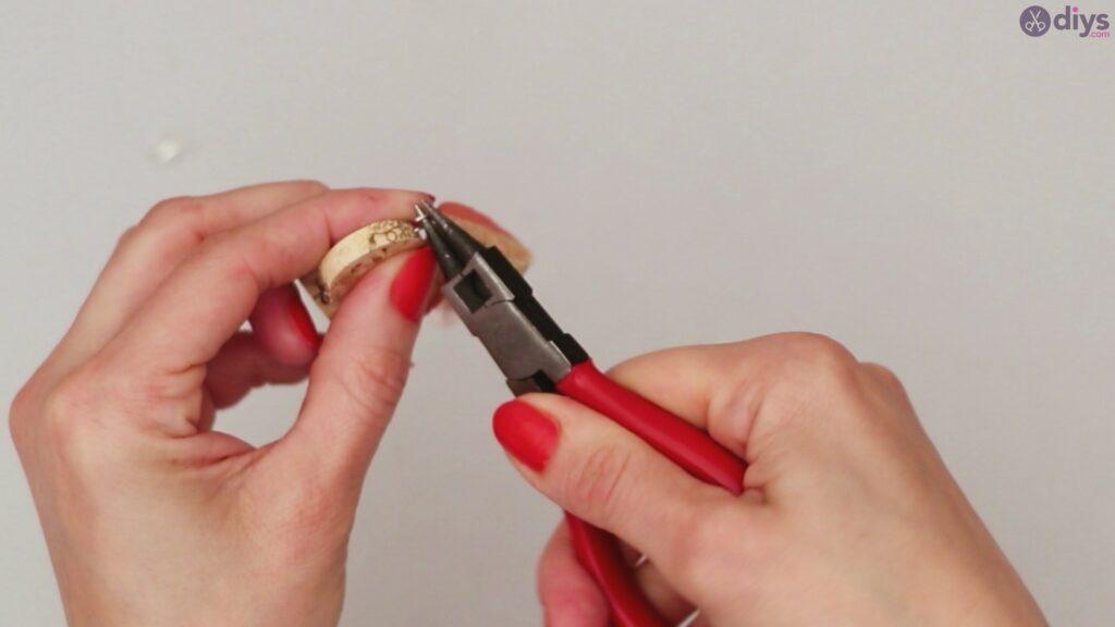 DIY collier de liège de vin (41)
