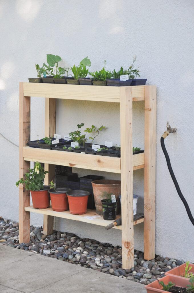 Étagère à plantes d'extérieur