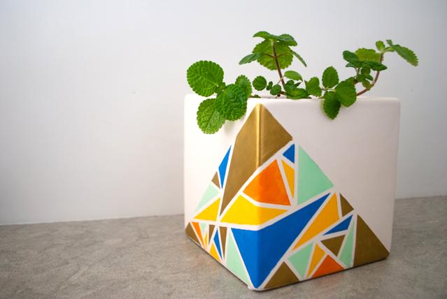 Jardinière peinte géométrique bricolage Craftmonthlove 17