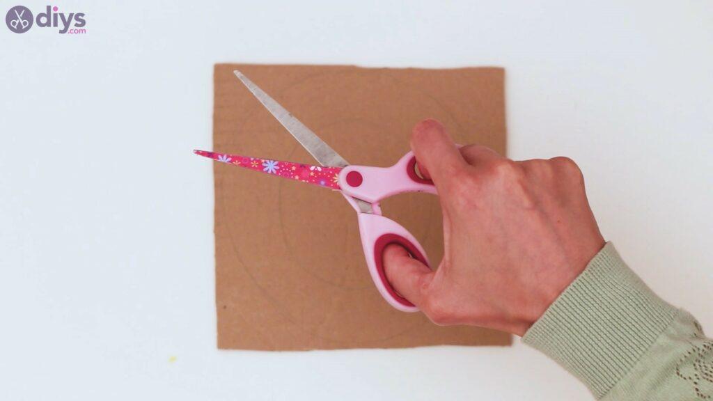 Étapes de guirlande de fleurs en papier (3)