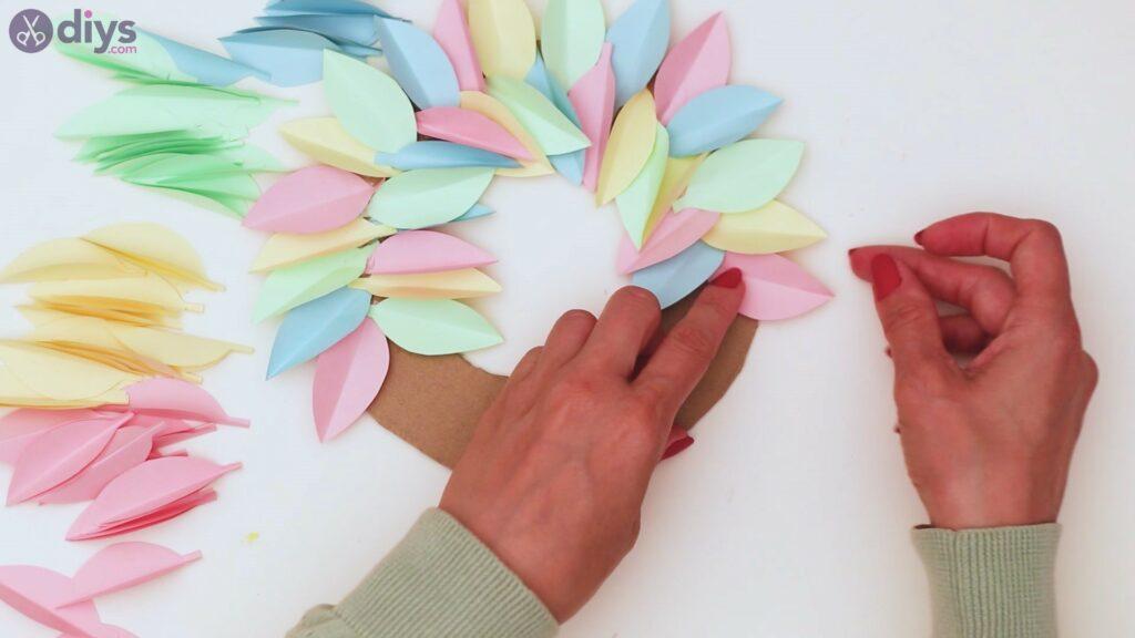 Marches de guirlande de fleurs en papier (26)