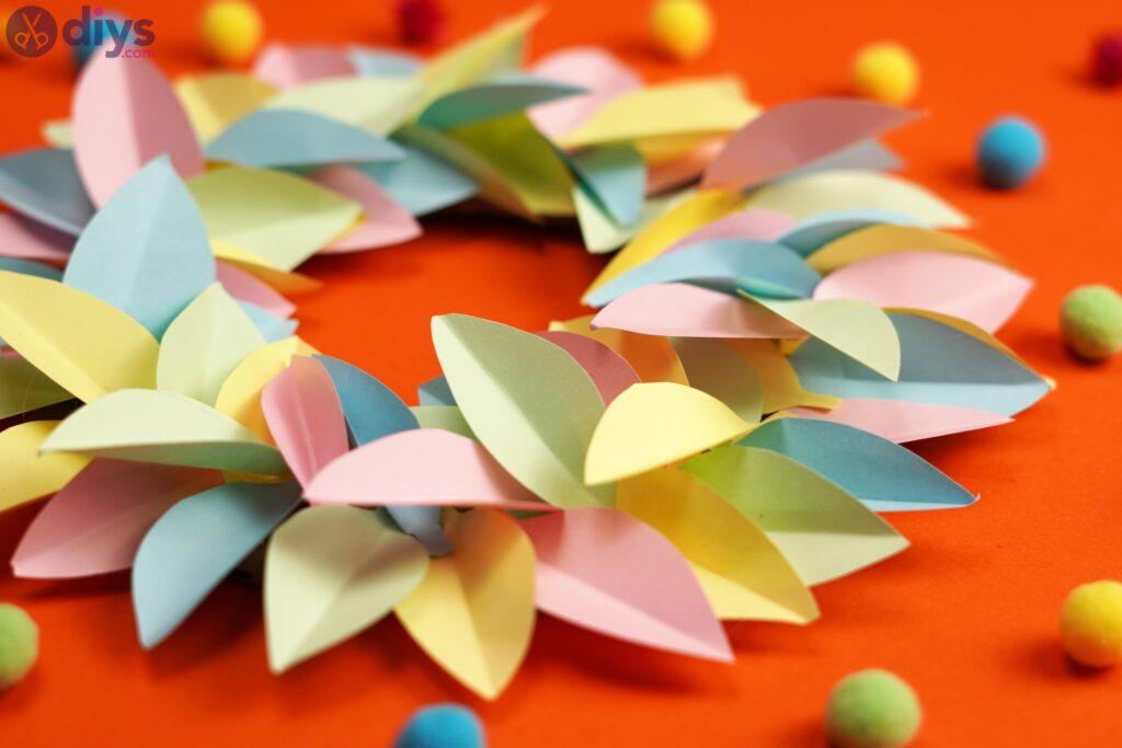 Couronne de fleurs en papier (5)