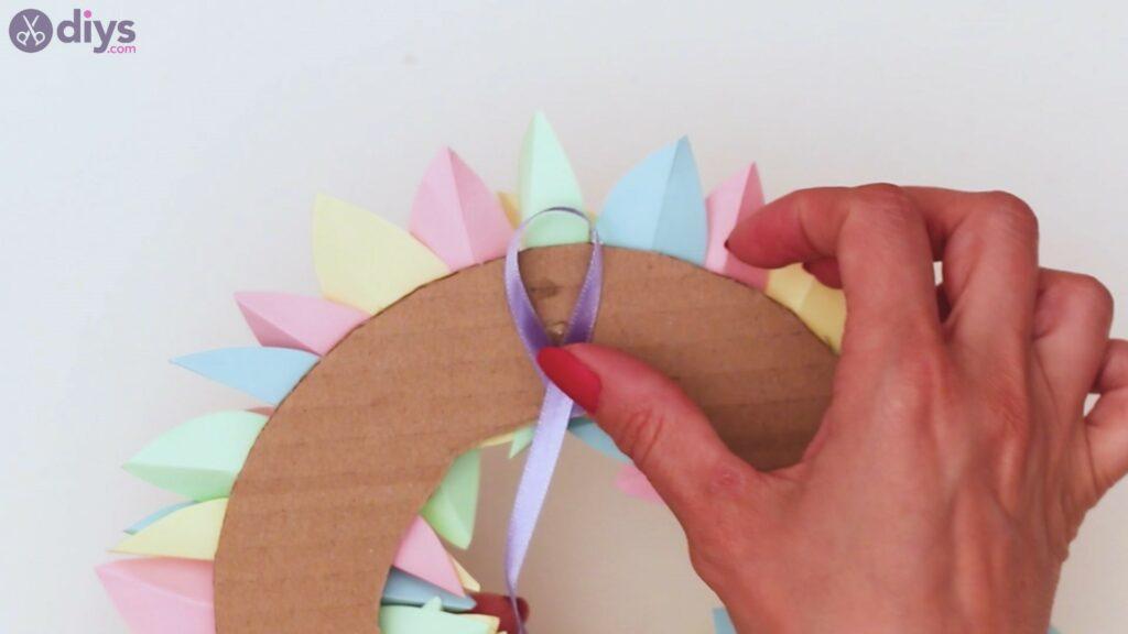Marches de guirlande de fleurs en papier (34)