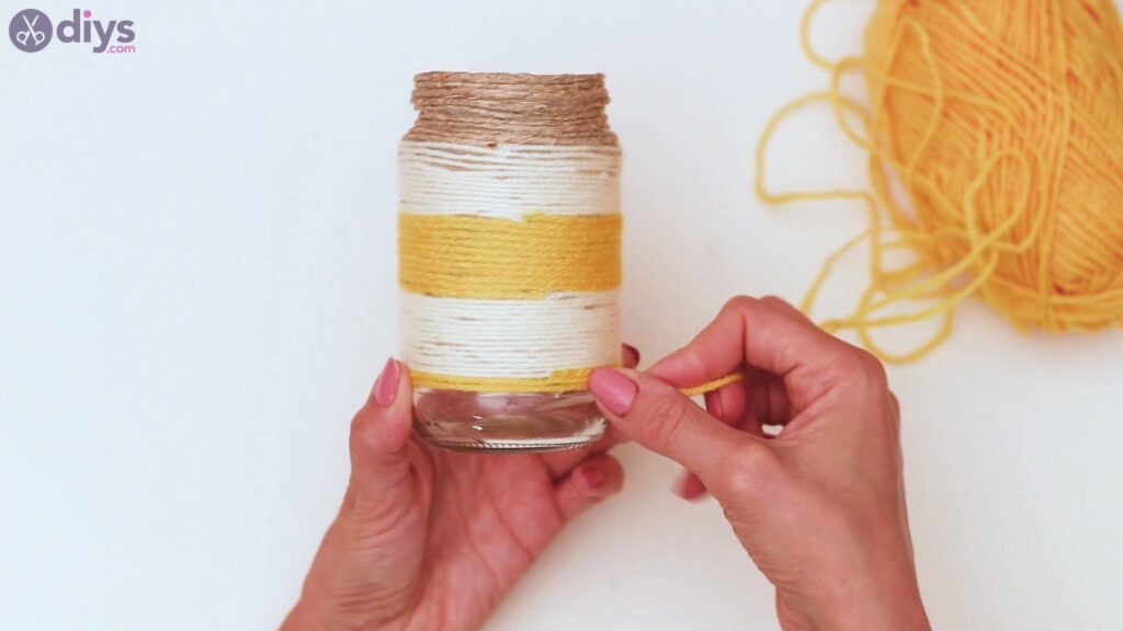 Marches de vase enveloppées de corde (38)