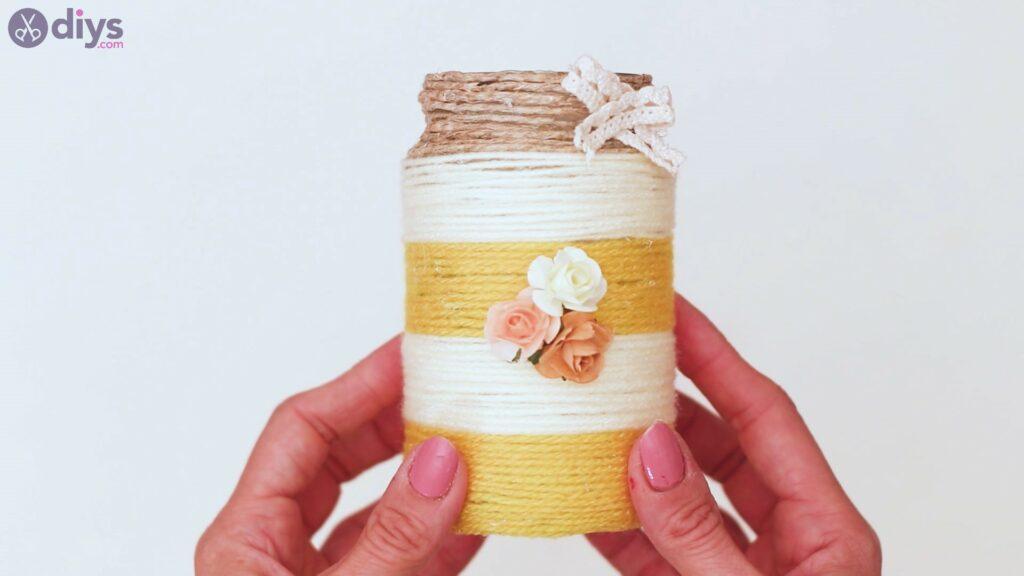 Marches de vase enveloppées de corde (49)