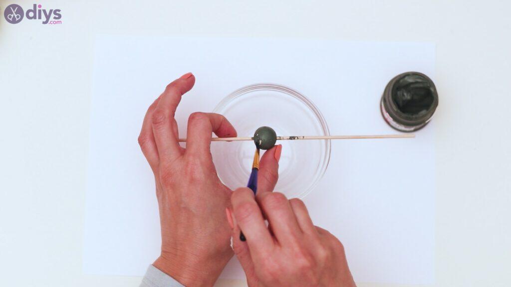 Étapes de porte-clés en perles de bois (3)