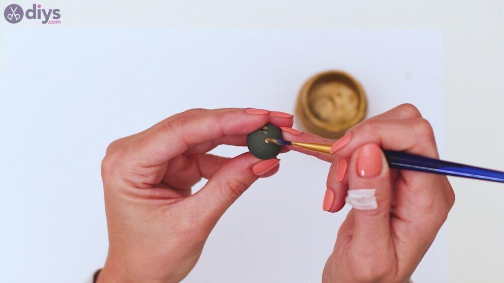 Étapes de porte-clés en perles de bois (7)