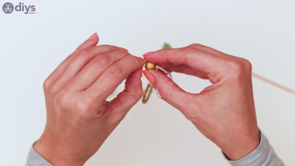 Marches de porte-clés en perles de bois (31)