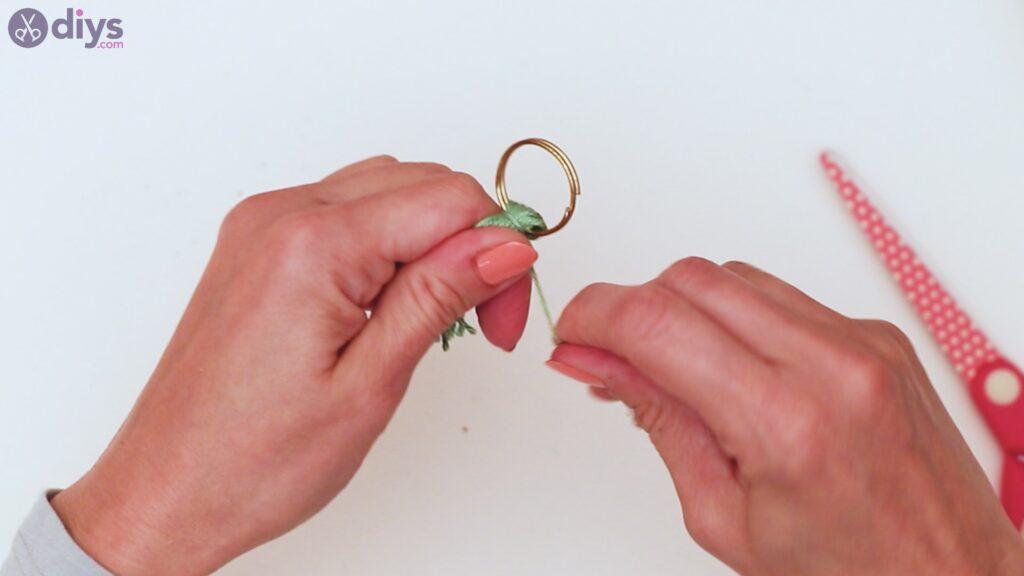 Étapes de porte-clés en perles de bois (17)