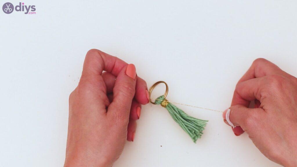 Étapes de porte-clés en perles de bois (21)