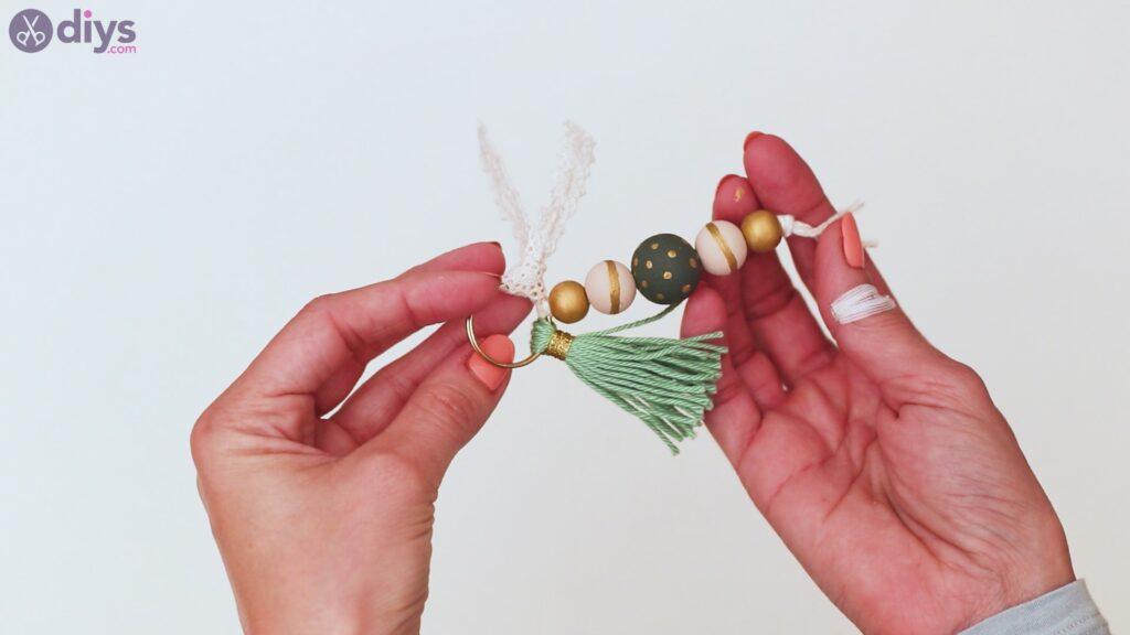 Marches de porte-clés en perles de bois (40)