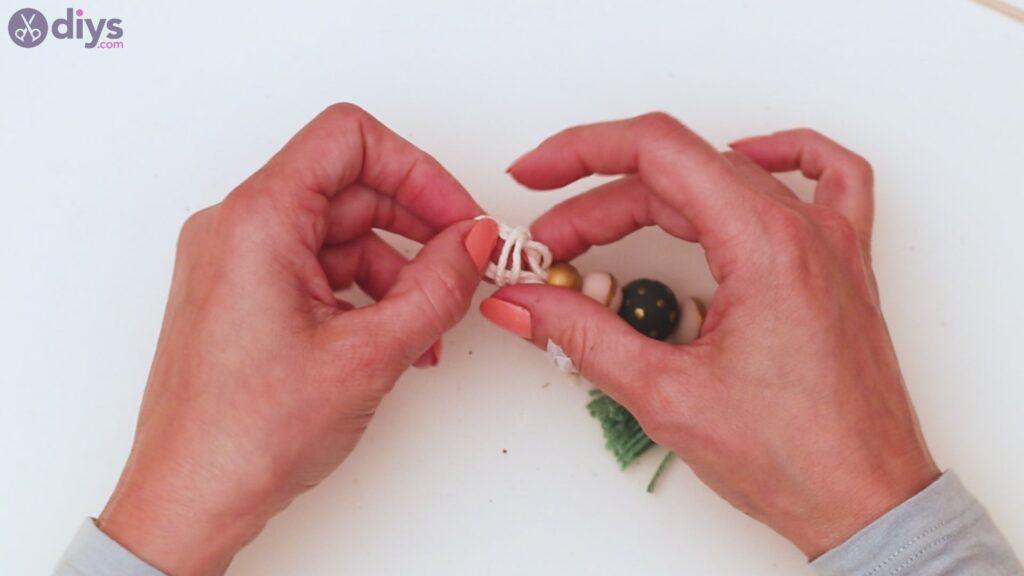 Étapes de porte-clés en perles de bois (33)
