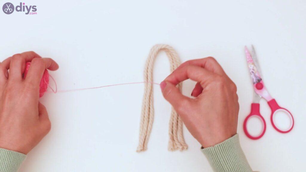 Étapes de porte-clés en textile (5)