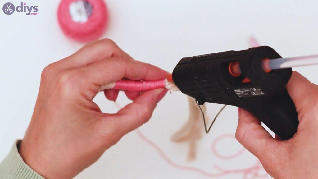 Étapes de porte-clés en textile (11)