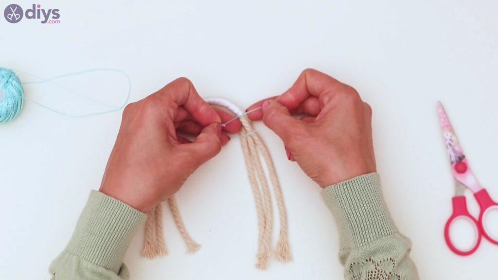 Étapes de porte-clés en textile (19)